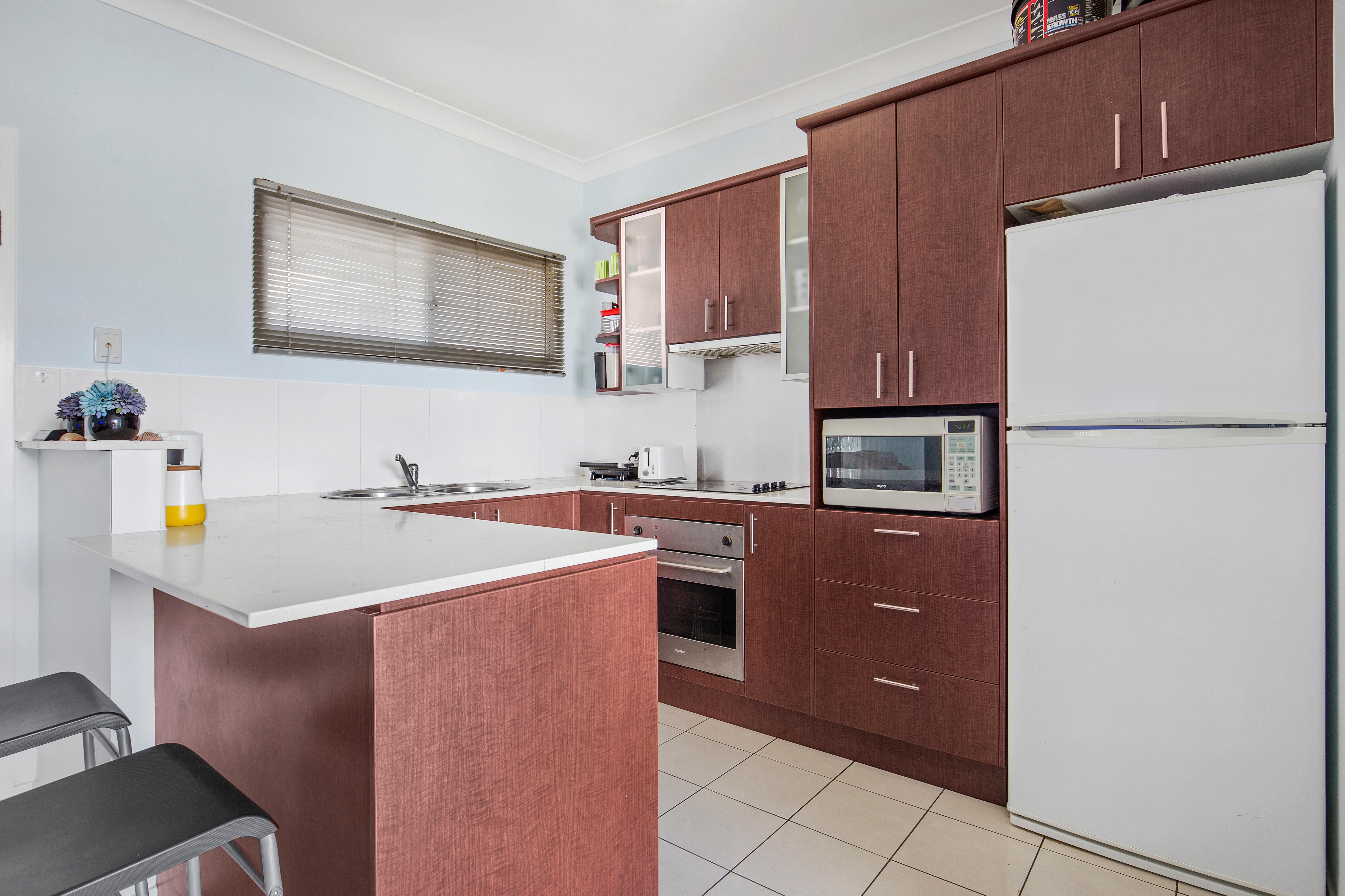 Kitchen 2IMG_3832